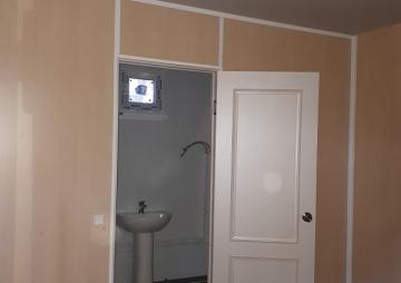 Гостевой домик дверь