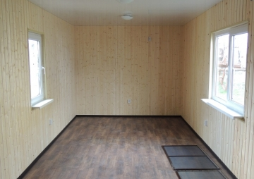 Внутренняя отделка комнаты на даче