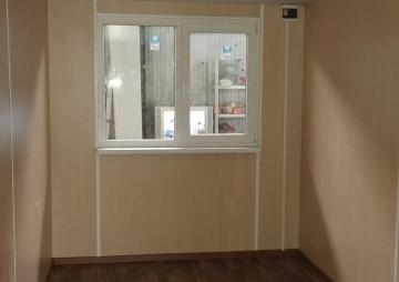 Вагон-бытовка 7х2,4 м  окно